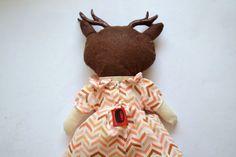 Deer Hartley / Muñeca de tela / Cloth doll / por Mandarinasdetela | Mandarinas! www.mandarinasdetela.wordpress.com | #handmade #doll #mandarinasdetela #mandarinas
