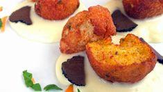 Polpette di baccalà su crema di patate e tartufo: ricetta gourmet di pesce.