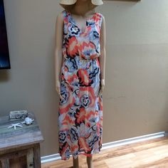 Beautiful dress perfect for summer Beautiful Lucky brand dress small in size but fits like a medium made with sheer like fabric Lucky Brand Dresses Maxi