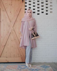 Healthy living at home devero login account access account Modern Hijab Fashion, Street Hijab Fashion, Hijab Fashion Inspiration, Muslim Fashion, Modest Fashion, Fashion Outfits, Grunge Outfits, Trendy Dresses, Modest Dresses