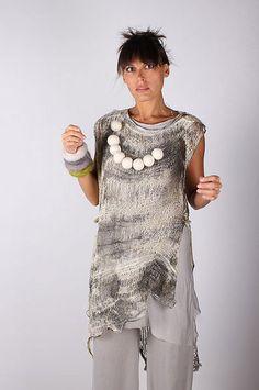 Aproximat by Tatiana Palnitska - Art to Wear Originals - Buzz