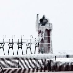 What a snowy winter here in South Haven! My favorite place on Lake Michigan, usually go every year.