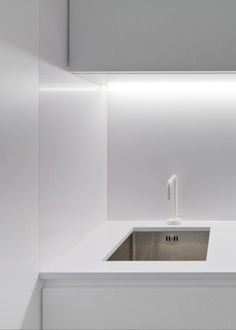 Kitchen with soft indirect lighting, Zurcatnas office by Paulo Santa Cruz _