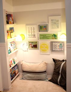 visual meringue: Wanna look at the nook? Love this idea.... Way to useless space..... Look out front hall.