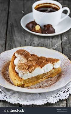Apple Pie With Cream On The Plate And Cup Of Hot Chocolate Behind Стоковые фотографии 373894129 : Shutterstock