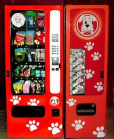 Hey Buddy – The machines are filled with treats vitamin water poop bags leashes … - dog kennel boarding Indoor Dog Park, Cheap Dog Kennels, Socializing Dogs, Pet Boarding, Animal Boarding, Boarding House, Dog Kennel Cover, Stop Dog Barking, Dog Cafe
