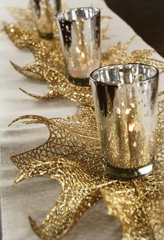 Gold Glitter Holly Leaf Spray Pack of 6 Save-on-crafts.com lots of supplies for weddings, parties, holidays etc
