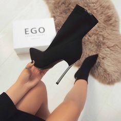 High Heel Boots, Shoes Heels Boots, Heeled Boots, Heels Outfits, Black Ankle Boots Heels, Shoes Sandals, Fancy Shoes, Hot Shoes, Aesthetic Shoes