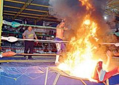 Sufre luchador graves quemaduras