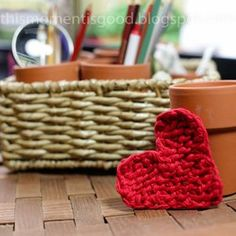 Loom Knit Heart. Free Pattern by This Moment is Good...