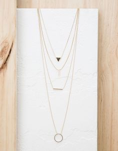 Four-twist triangle necklace - Accessories - Bershka Turkey