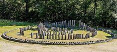 Istoria Daciei a fost falsificată. La subsolul Sarmizegetusei-Regia sunt vestigii antice, dispuse pe 9 niveluri de locuire umană   Lupul Dacic Vatican, Vineyard, Places To Visit, Wood, Outdoor, Military, Geography, Outdoors, Woodwind Instrument