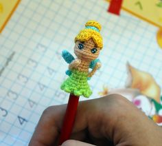 Materials: - The same thickness yarn. - For head and arms - body colour, for hair - yellow colour, for dress – green colour, for wings – blue colour. - A crochet hook. I used mm - Hollow fibre - Sewing Needle Sc Crochet, Crochet Dolls, Free Crochet, Tinker Bell, Half Double Crochet, Single Crochet, Pencil Toppers, Crochet Bookmarks, Crochet Christmas Ornaments
