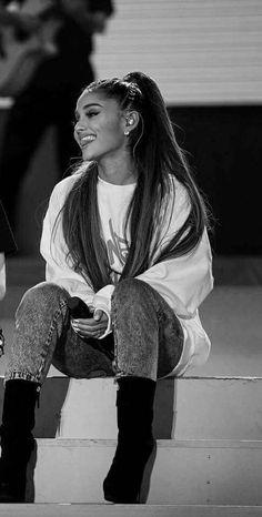 Ariana Grande's 10 Best Collaborations: Critic's Picks – Celebrities Woman Ariana Grande Fotos, Ariana Grande Cute, Ariana Grande Photoshoot, Ariana Grande Outfits, Ariana Grande Pictures, Ariana Grande Smiling, Ariana Grande Dangerous, Guys My Age, Ariana Grande Wallpaper