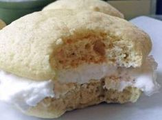 Traditional Amish Vanilla whoopie pies with sweet vanilla icing. These are so delicious it will be your favorite whoopie pie recipe.