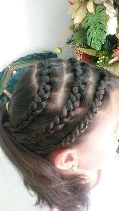 Hair Styles, Beauty, Fashion, Sweetie Belle, Hairdos, Hair Plait Styles, Moda, Fashion Styles, Hair Makeup