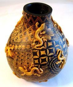 Zentangled gourd with Lizards.  Gourd art by Miriam Joy.