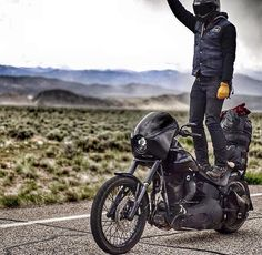 Finding balance on the open road - Highway raiders - Lords of Gastown Canvas Duffle Bag