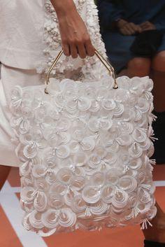 VOGUE fashion | trends | 早くも気分は春爛漫! 花ざかりのフラワーアクセサリー集。 | MARNI