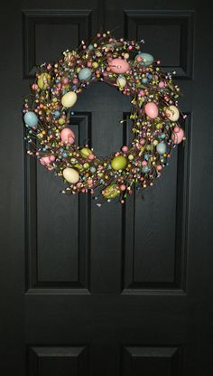 Spring Wreath Easter Wreath Egg Wreath by EverBloomingOriginal Spring Crafts, Holiday Crafts, Easter Wreaths, Christmas Wreaths, Diy Ostern, Easter Crafts, Easter Decor, Diy Wreath, Grapevine Wreath