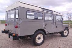 Land Rover 107
