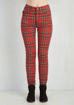 Never Plaid It So Good Pants in Red – High-Rise From The Plus Size Fashion Community At www.VintageAndCurvy.com