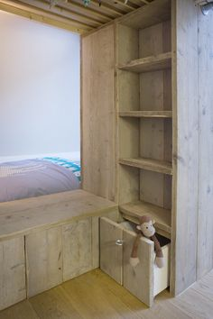 so much storage space in this built in bunkbed meets wardrobe meets bookcase meets amazing kids space!