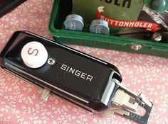 Old Singer Trivia - Did you know that in 1938 the original Singer Buttonholer was the most expensive Attachment Fashion Aid? I'm sure you can imagine the delight amongst seamstresses to h Sewing Tools, Sewing Crafts, Sewing Notions, Electric Scissors, Featherweight Sewing Machine, Brother Sewing Machines, Antique Sewing Machines, Fancy Schmancy, Old Singers