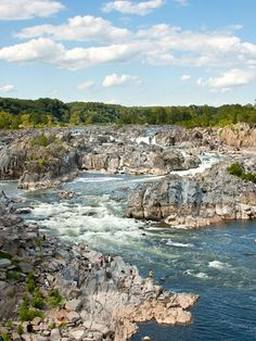 Great Falls Park, Virginia The Potomac River tumbles over steep rocks in Great Falls Park, Virginia. The 800-acre (324-hectare) park is just 15 minutes from Washington, D.C. -- National Geographic