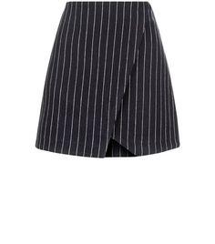 Mini jupe portefeuille bleue marine à rayures fines | New Look