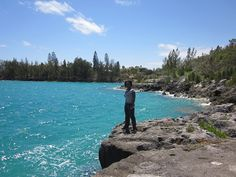 Small semi-hidden cover in Bermuda - Courtesy of TravelXena.com