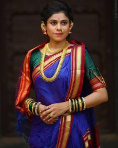 Sarees with Sleeveless Blouse: How to Wear It Like a Celeb Marathi Saree, Marathi Bride, Kashta Saree, Silk Sarees, Indian Sarees, Bridal Elegance, Nauvari Saree, Saree Look, Inspirational Celebrities