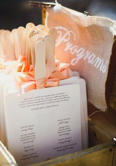 Great idea for the outdoor wedding!
