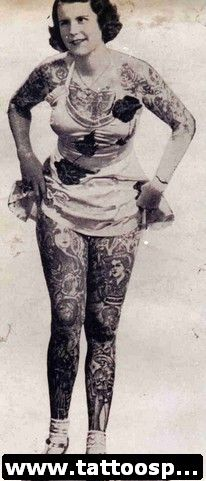 Head-to-toe tattoos vintage photographs of women - Beauty will save Ta Moko Tattoo, Et Tattoo, Tattoo Life, Tattoo Fonts, Tattoo Old School, Vintage Photographs, Vintage Photos, Vintage Portrait, Tattoo Finder