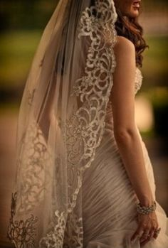 Lace Wedding vail : beautiful dress and vail.... So I think vails are adorable. I love the tradition to them.