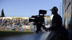 """El """"Netflix del fútbol"""" que quieren los nuevos dueños de los derechos de TV  La era de las aplicaciones, los sistemas multiplataformas y el streaming cambiaron la manera de ver los eventos deportivos. Ahora, el fanático no ne... http://sientemendoza.com/2017/03/16/el-netflix-del-futbol-que-quieren-los-nuevos-duenos-de-los-derechos-de-tv/"""
