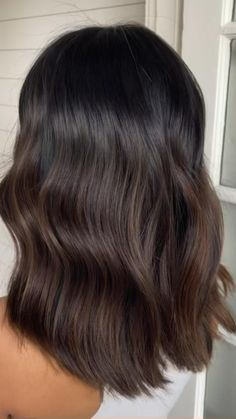 Hair Color For Black Hair, Black Hair Dyed Brown, Dark Brown Short Hair, Hair Color Ideas For Black Hair, Asian Hair Highlights, Dark Fall Hair, Brown Hair Inspo, Black Hair With Brown Highlights, Black Hair With Highlights