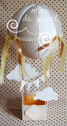 MAR DE PAPEL: Un globo en beige y amarillo