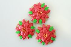 Learn how to make a these Poinsettia Christmas cookies that are sure to impress your family!