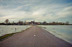 10 Nederlandse dorpen en kleine steden waar je geweest moet zijn. Bezoek onder meer het Bakkerijmuseum in Hattem Gelderland.
