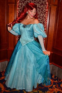 Ariel Disneyland, Ariel Disney World, Disney Princess Ariel, Disney Day, Disney Fairies, Disney Girls, Disney Characters Costumes, Ariel Costumes, Princess Costumes