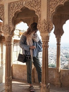 Always check the weather before you travel. Destinations you expect to be hot may also have cold regions. Take layers. Get more packing tips on travelfashiongirl.com @travlfashngirl