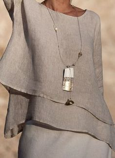Beige linen top with off white mixed linen sarouel skirt Off white linen gauze scarf Long pendant necklace: polished white zebu horn patinated with gold lea Mode Chic, Mode Style, Style Me, Mode Outfits, Linen Dresses, Mode Inspiration, Ideias Fashion, Fashion Design, Fashion Trends