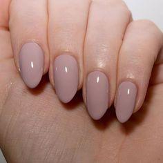 Nude nails inspiration! #nails #manicure #nailcolour #nailsideas #nailart #naildesign #queenb #nailcolor #longnails #hands