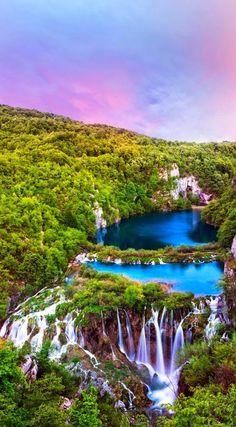 Закат в Национальном парке Плитвицкие озёра, Хорватия #красота #пейзаж #природа #photography #nature #amazing #new #pictures #beautiful #naturek #landscape #beauty