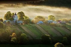 """Călătorie în """"Elveția României"""". Turul celor mai frumoase sate din țara noastră Great View, Tolkien, Far Away, Homeland, Wonderful Places, Beautiful Images, Scenery, Landscape, World"""