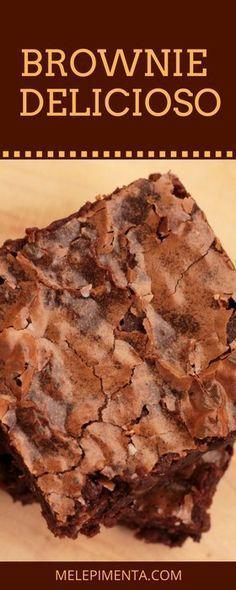 Um brownie delicioso, molhadinho, com muito chocolate e castanhas. Confira a receita desse brownie chocolatudo e muito fácil de fazer.