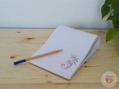 selbstgemachter Notizblock mit Klebebindung  #Buchbinden #Notizblock #Geschenk #Stempeln #doityourself #diy #handgemacht #handmade  http://www.kreativesbuchbinden.at/notizblock-lp/