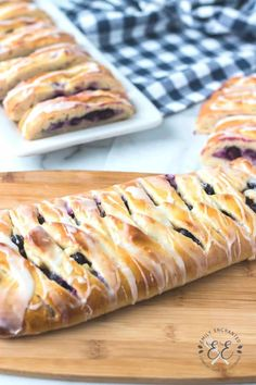 This Lemon Blueberry Danish is the perfect breakfast pastry. It is fruity and citrusy, filled with blueberries and lemon, and topped with a lemon icing. Breakfast Pastries, Sweet Pastries, Sweet Breakfast, Perfect Breakfast, Breakfast Ideas, Breakfast Recipes, Easy Potato Casserole, Easy Casserole Recipes, Homemade Danish Recipe