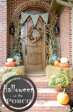 Kid Friendly Halloween Porch!